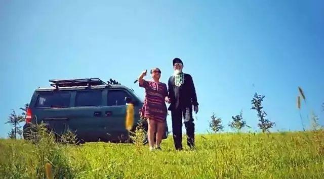 沈阳72岁老夫妻自驾游18年: 只要还能开车能走路 我就
