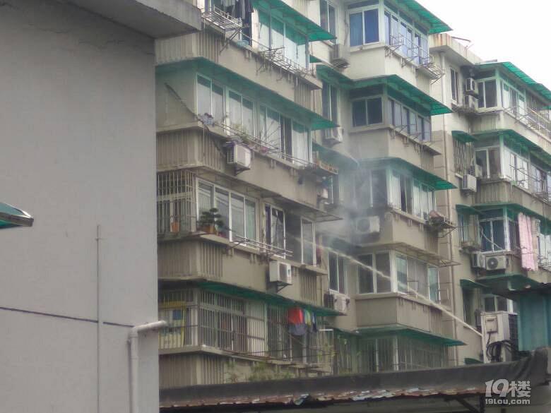杭州电吹风干衣酿火灾,潮湿天干衣除湿用它更靠谱