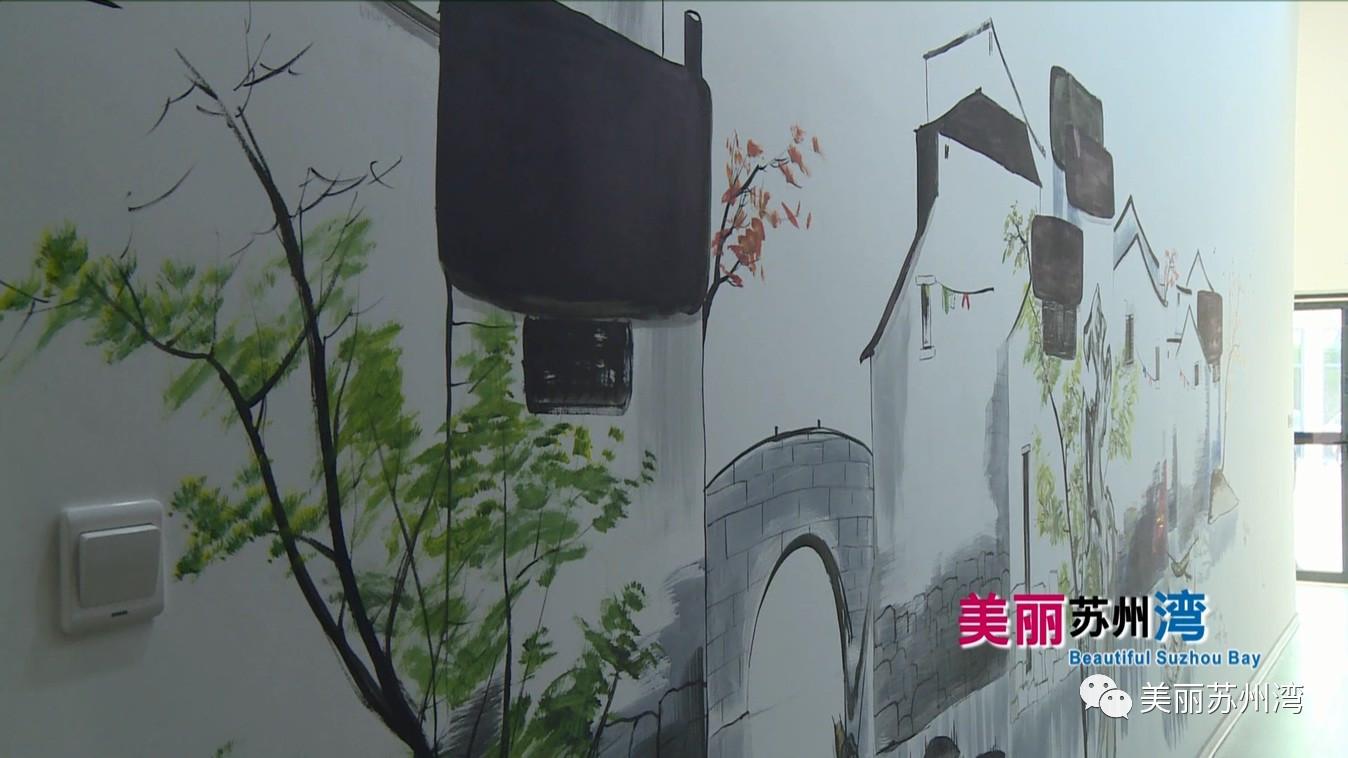 体育 正文  墙壁上的手绘画也令人眼前一亮 让风格一贯硬朗的健身房