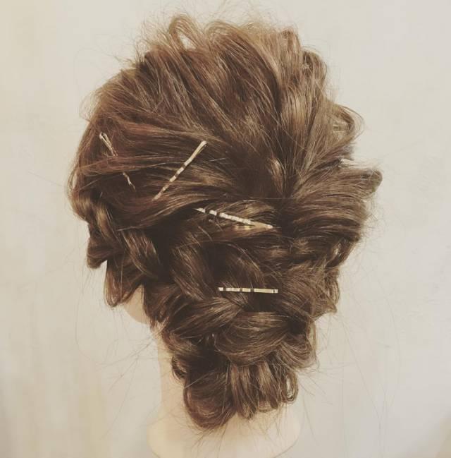 扎发很简单 | 新娘盘发图解教程图片