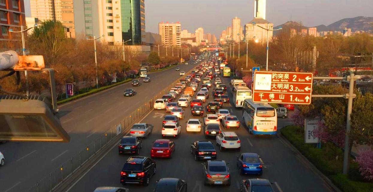 """国内最堵车的城市,拥有100处泉眼,号称""""泉城"""""""