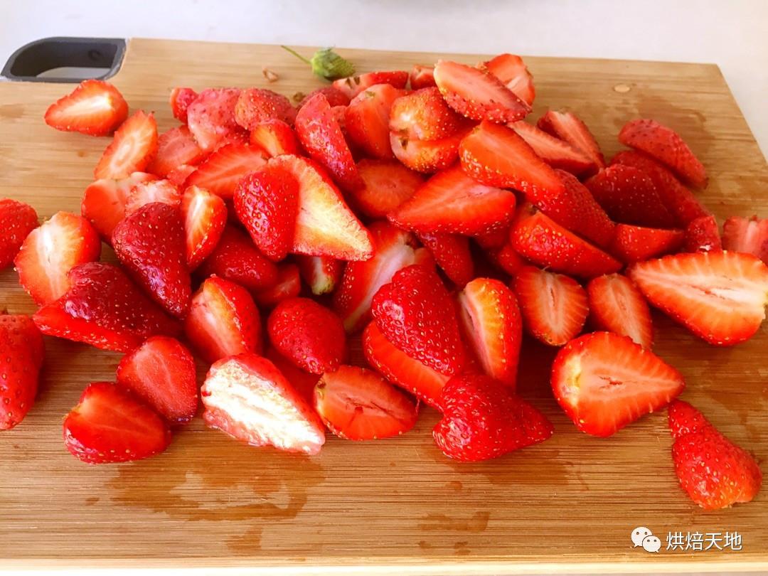 简单易做 自制美味健康的草莓罐头