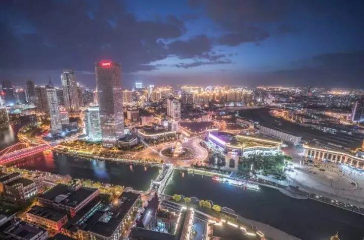 """有人说,""""我住在天津,就像住在曼哈顿。"""""""
