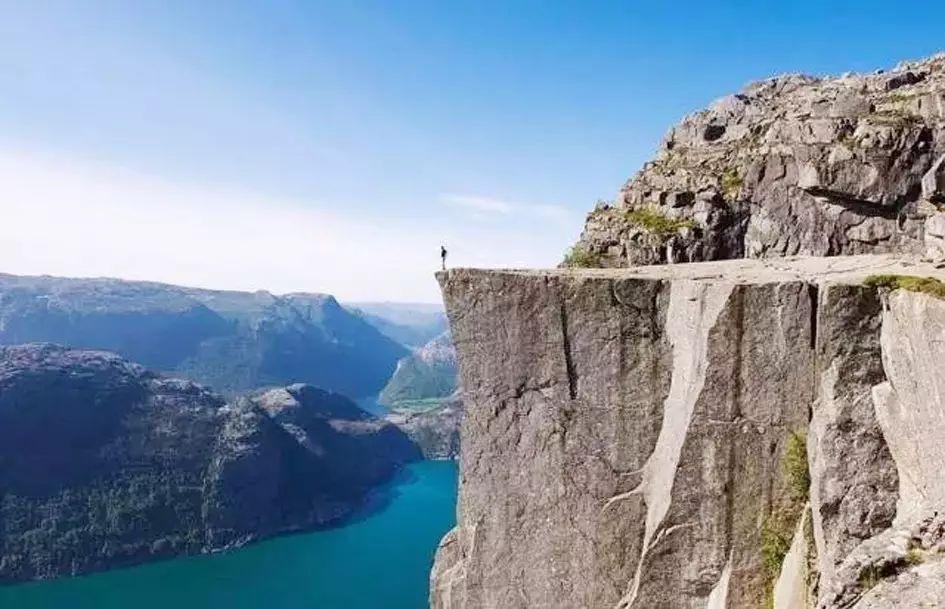 如果30岁之前,你还没有尝试过这11种旅行方式,那就太失败了