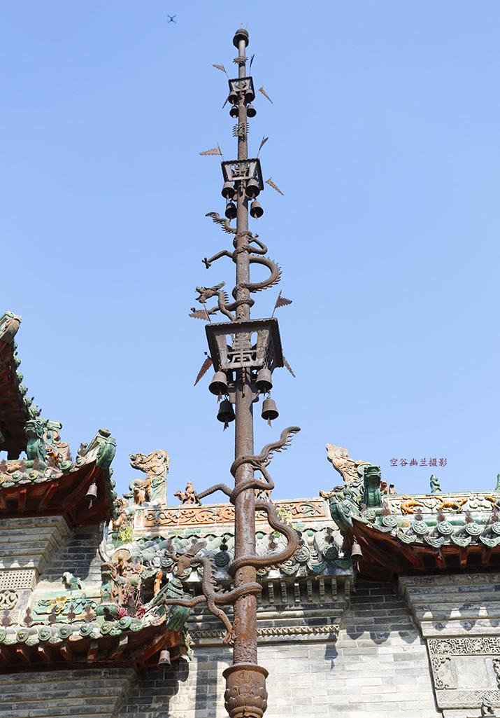 关羽坐大殿受拜 守护着几百年永不谢幕的花戏楼