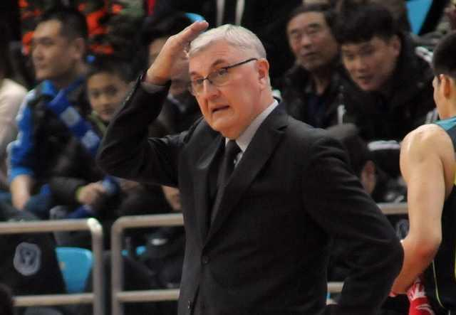 连续后仰单挑阿联得手如果他在广东总冠