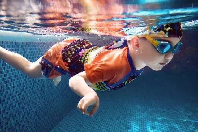 关于水鸭子亲子游泳课程价格涨幅的通知