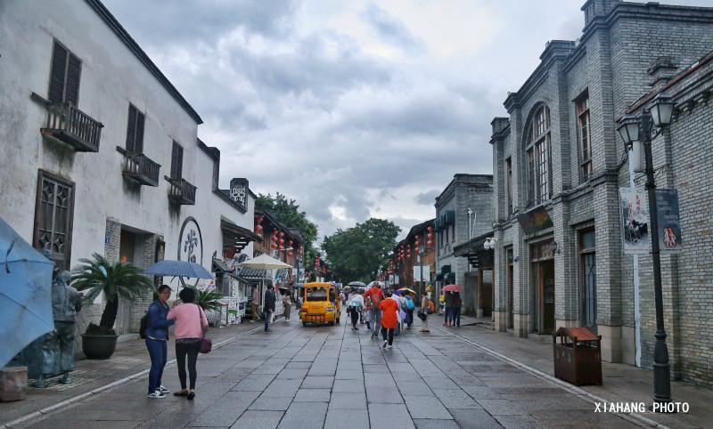 融合了明清民国时期的古街建筑,如今免门票,游客络绎不绝