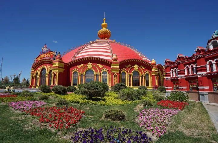 满洲里是满街俄罗斯文化,套娃广场世界第一
