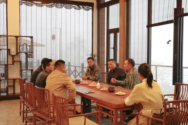 优乐城高层一行走访考察福鼎白茶产业