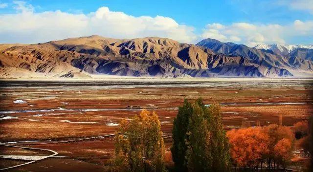 中国最美的边境走廊,新疆直通巴铁,沿途所见震撼灵魂!