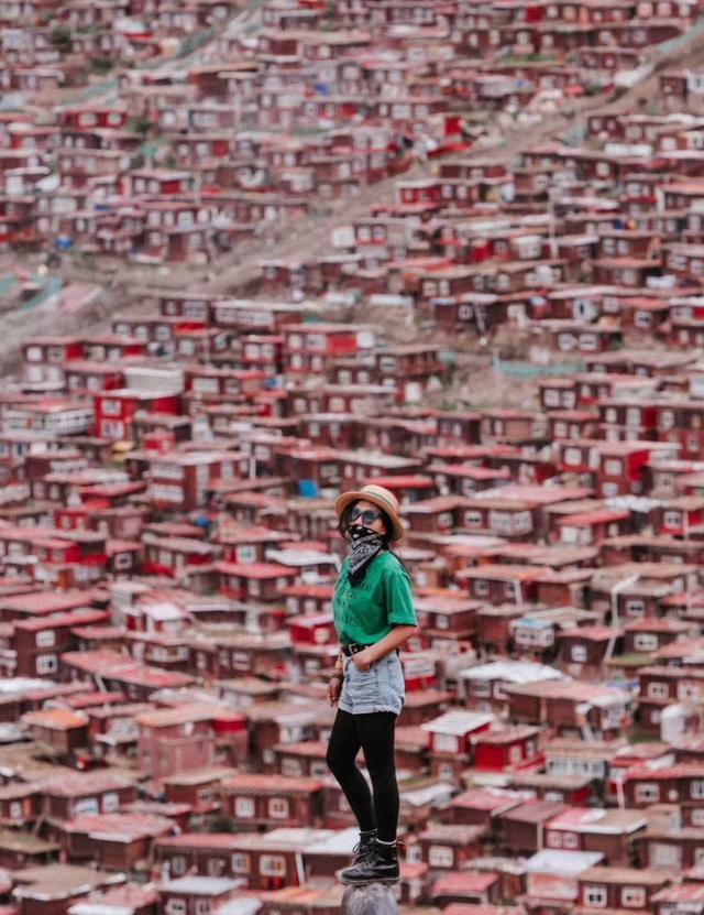 一车、两人、一狗,这对小情侣爆改房车,8个月环游大半个中国