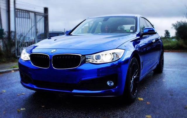 宝马3系汽车改色镜面电镀蓝贴膜效果图 蓝色诱惑