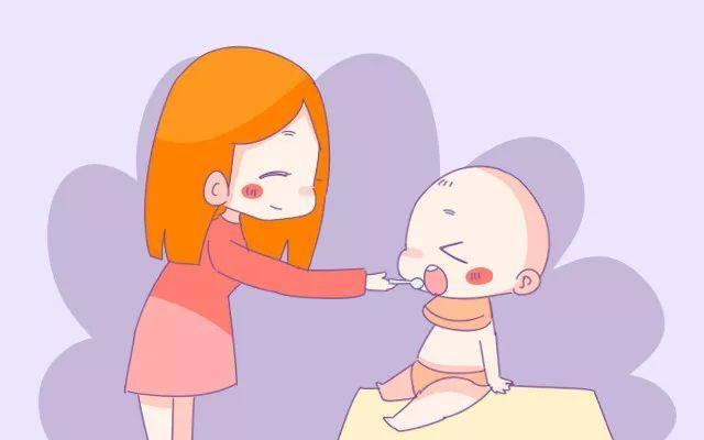 宝宝添加辅食后每天还需要喝多少奶?妈妈知道答案吗,别搞错