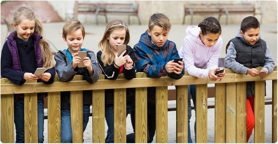北美放射学会年会:老玩儿手机让年轻人大脑混乱