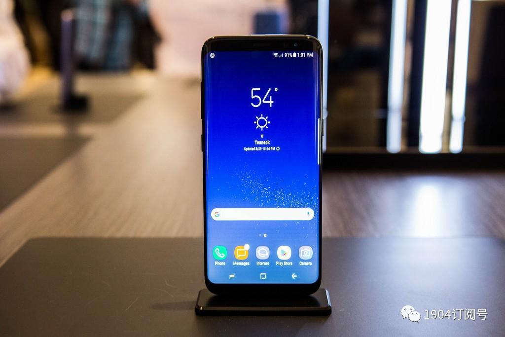 iphone x和三星note 8内部构造对比,区别真的很大!