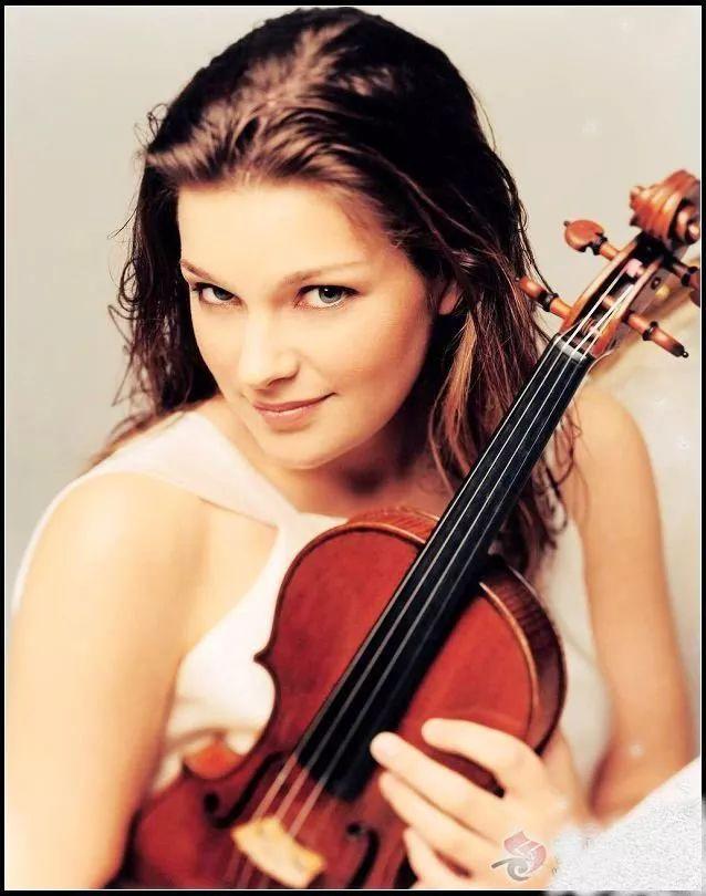 《贝多芬d大调小提琴协奏曲》第三乐章 回旋曲