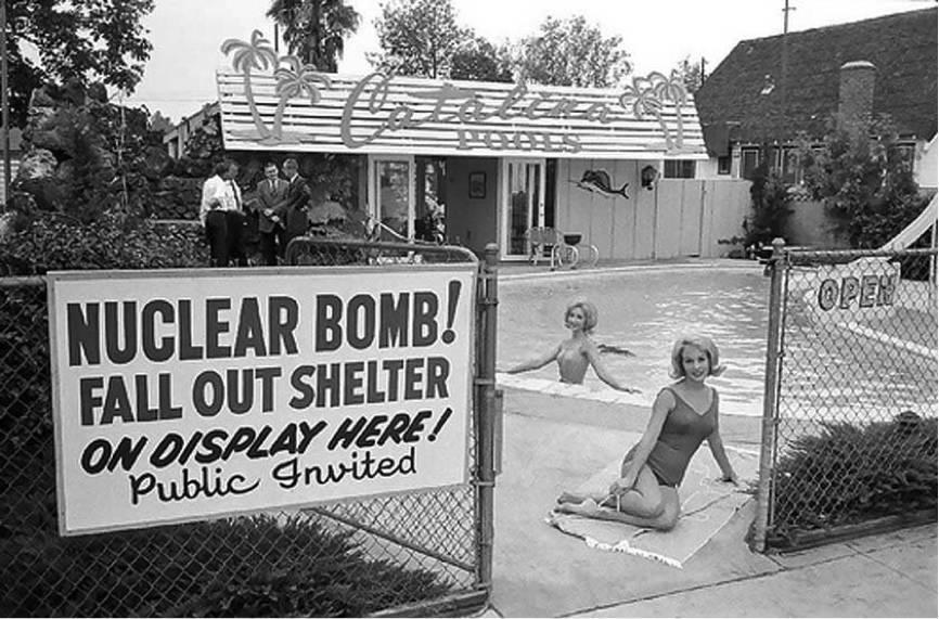 1950年代的辐射避难所广告
