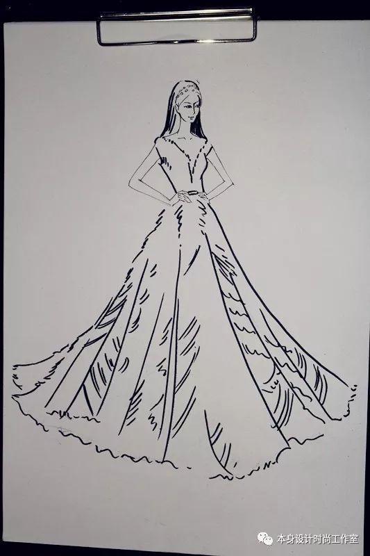 手绘时刻   每个女生心中的礼服梦
