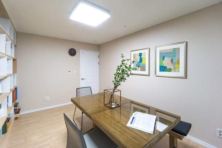 家居起居室v麻烦麻烦装修900_600旧墙纸换成墙布书房吗图片