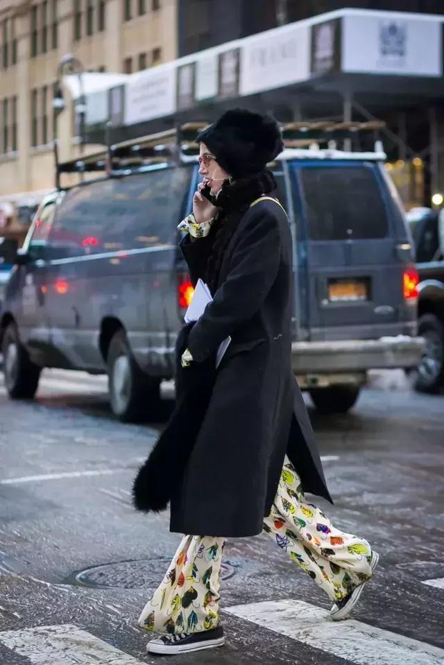 谁会织毛衣或(织领巾)上的疙瘩针的编织法本