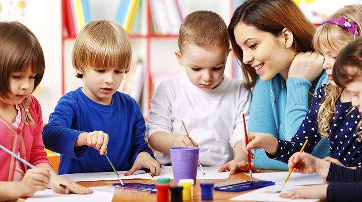 双互动平台和生态式艺术教育相结合,培养儿童美商