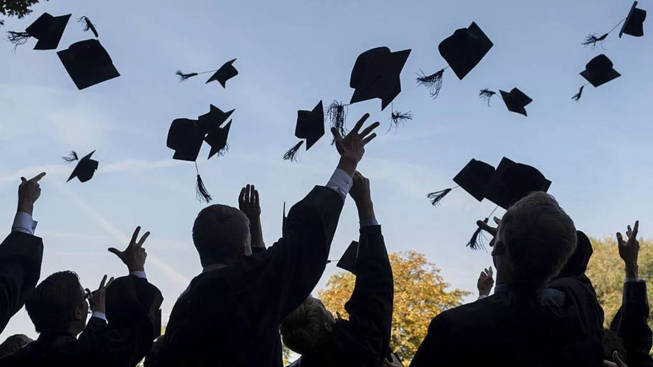 820万!2018届大学毕业生再创新高!哪些专业是赢家?