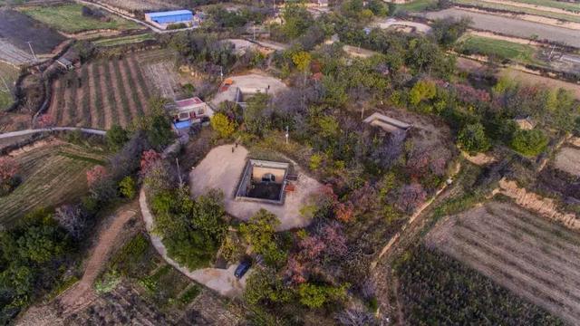 被外人称赞的桃源村落,当地人为了抗干旱,只能这样做……