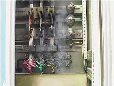 科技 正文  三相电应用和接线 三相电主要是应用在工业领域,给那些