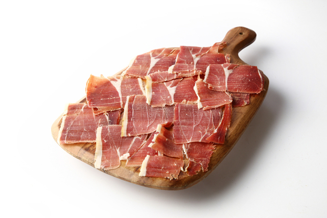 """""""好吃到怀疑人生""""——吃货们又瞄上了西班牙火腿"""