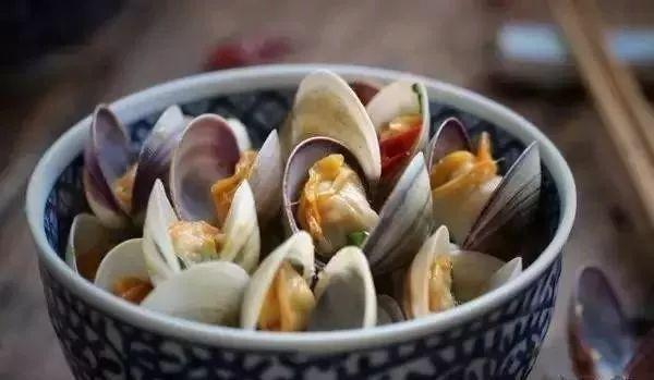 从文蛤,泥螺,花螺等贝类 到黄鱼,鲳鱼,刀鱼 都是让人无比留恋的南通的