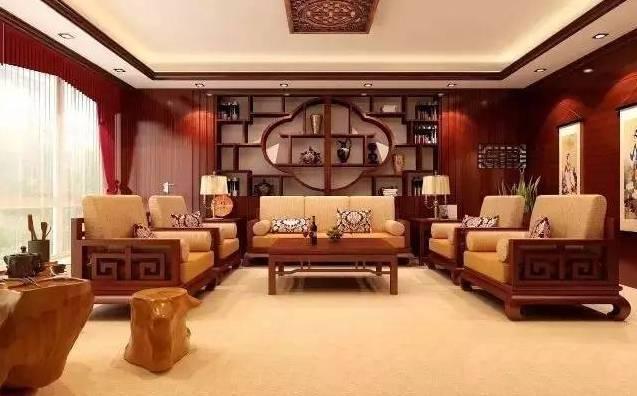 红木家具的陈设,需要考虑现代人的生活环境和方式,懂得如何摒弃繁复