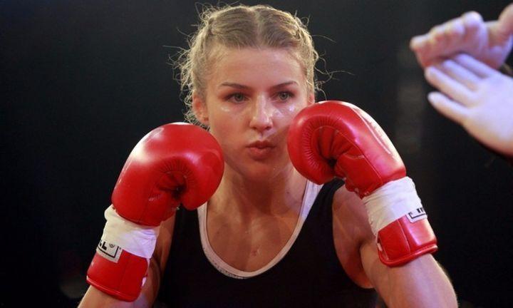 伊卡翠娜 · 范达耶娃
