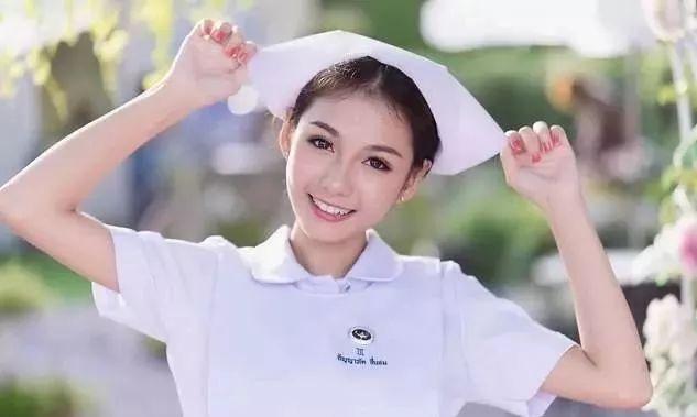 美女帮帅哥打针_美女护士_美女护士与病人图片_护士帮我吸图片-久久图片视频