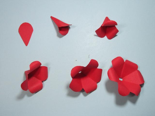 花瓣的简易折法图解