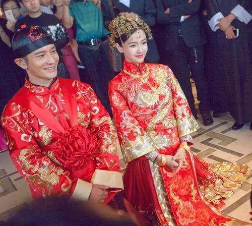传统中式花轿婚礼策划图片
