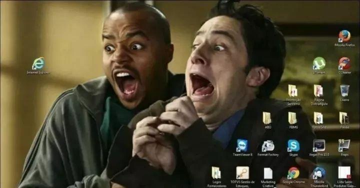 纯属搞笑:程序员的桌面图片