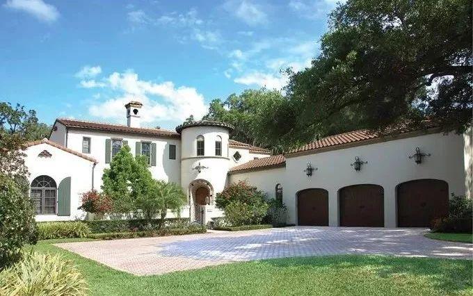 美式别墅屋顶坡度