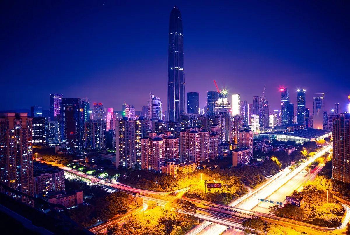 深圳与上海的经济总量_深圳上海经济对比
