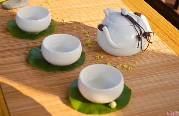 品茶味 悟茶趣 学校举行首届茶席设计大赛图片