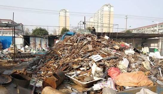 如皋市经济技术开发区新生村:废品回收站扰民 执法只是