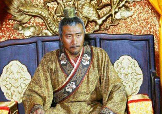 一人生辰八字与朱元璋相同,朱打算将其杀掉,但见到此人后后悔了