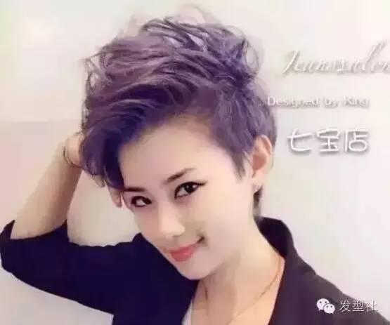 """2017流行""""偏头短发烫""""图片"""