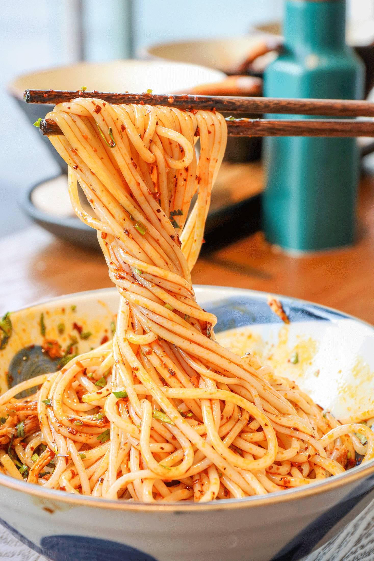 南人爱吃的那碗米线,小铜锅煮沸 搜狐美食 搜狐网