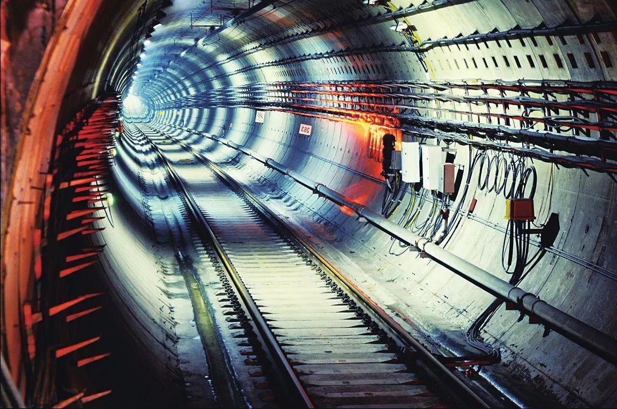 中建五局中标首个海外地铁隧道项目 献礼局庆