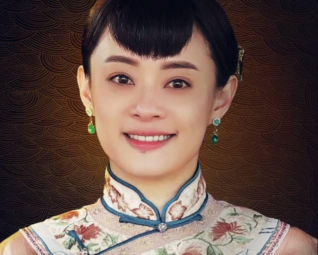 """《红高粱》中,周迅演19岁的九儿""""一撮毛""""刘海就是这样,体现出九儿性格图片"""
