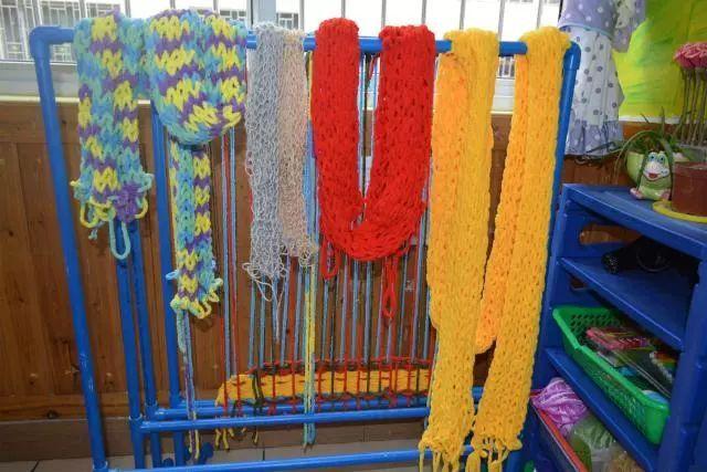 【阳光幼儿园特色区角】——为爱编织