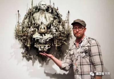 迷恋童年的令人毛骨悚然艺术,喜欢错综复杂的雕塑艺术
