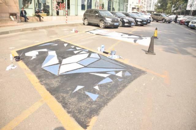 """由大连凯德和平广场精心策划主办的""""d-parking创意停车位设计大赛""""于图片"""