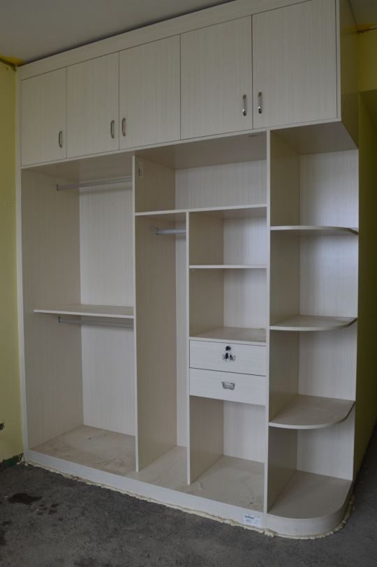 木工衣柜现场图片